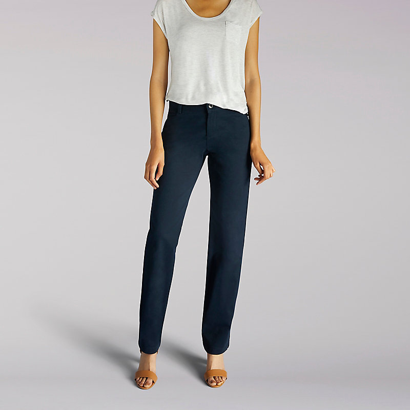 Lee Relaxed Fit Plain Front Pant